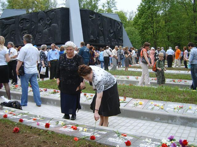 воинский Мемориал. 9 мая 2010 г.